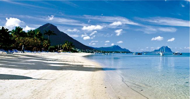 Una delle coste delle Mauritius (foto Ente del Turismo Isola di Mauritius)
