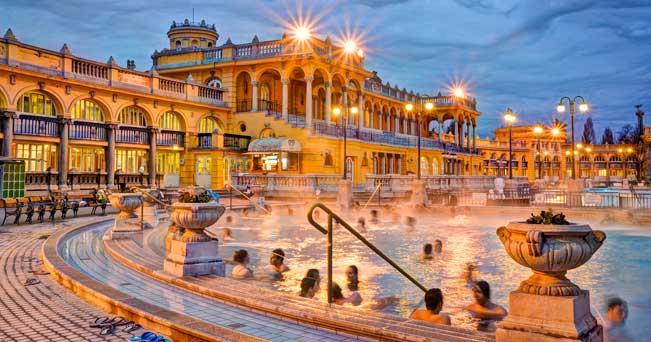 Budapest antica fonte del benessere il sole 24 ore for Piscine ore sole