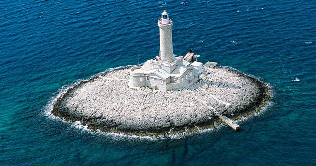 Croazia estate dormendo nei fari il sole 24 ore for Soggiorno in croazia