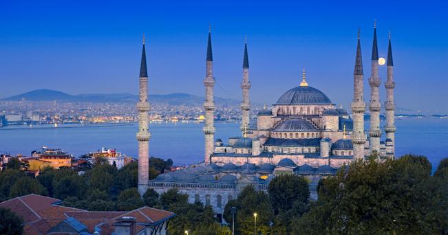 Veduta della Moschea Blu (foto Alamy / Milestone Media)